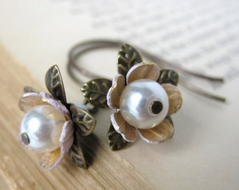 Vintage Pearl Earrings Pink White Flower Jewelry Antiqued Brass. Bud