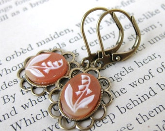 Vintage Flower Earrings Filigree Cameos Peach Ivory Lily Antiqued Brass Filigree