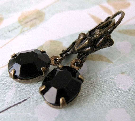 Vintage Rhinestone Earrings Black Jet Antiqued Brass. Petite Jet