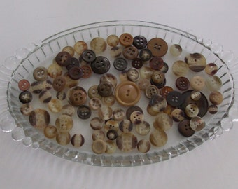 Lot of 100 Amber and Brown Misc. Buttons (9)