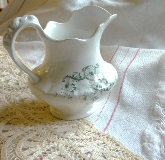 victorian style hall pitcher