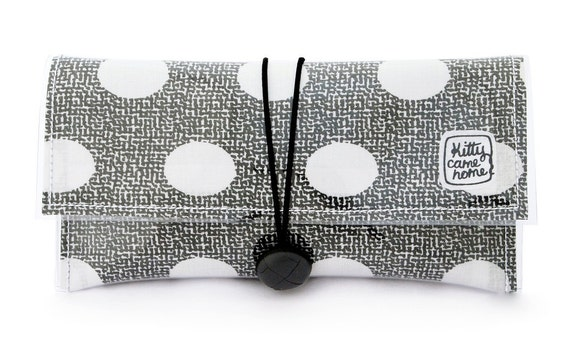 Button Clutch - Classic spotted vintage fabric