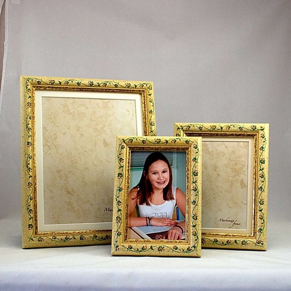 8x10inch Flowery Photo Frame/Family Portraits/Office Desktop/Wedding/Bridesmaids Gift/Enlargement photo Frame 8x10 inches