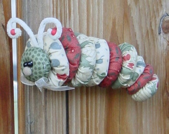 MINI PATTERN  . . . . . . . . . . . . . . . . . . Caterpillar