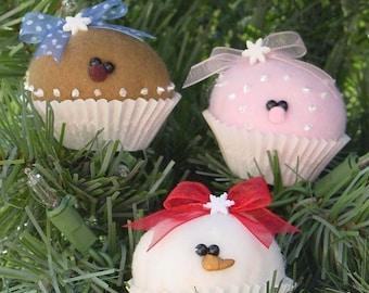 """MINI PATTERN . . . . . . . . . . . . . . . . . Coco, Berry and Nilla mini (2"""") cupcake ornaments"""