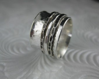 sterling silver hammered spinner ring with 3 silver spinners, spinner ring, meditation ring, fidget ring