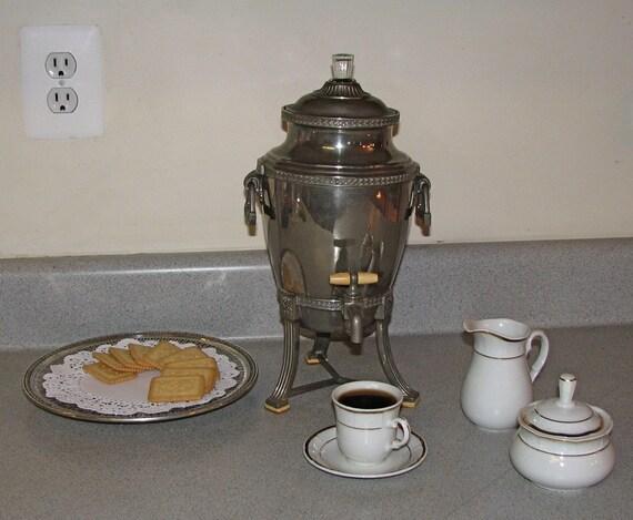 Vintage Landers Frary And Clark Universal Coffee Tea Urn