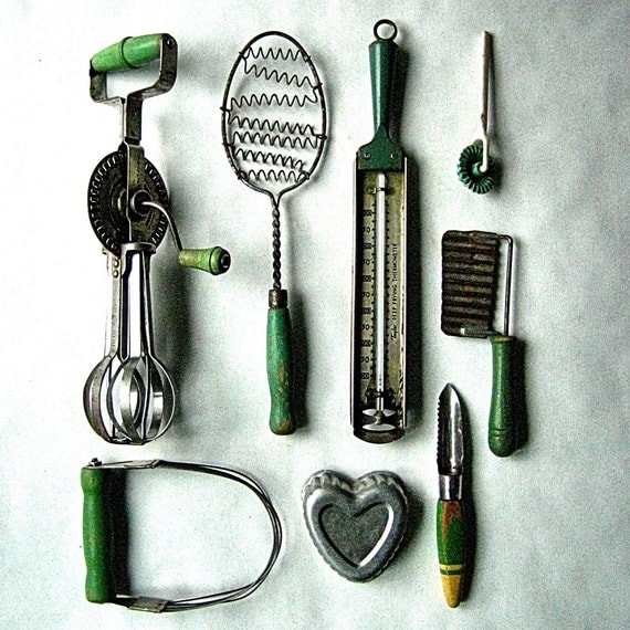 8 Antique Green Farmhouse Kitchen Utensils