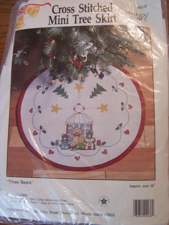 Cross Stitch Mini Tree Skirt Kit - Hobby Kraft - Three Bears, Craft Kit, Holiday Tree Skirt, Christmas Decor