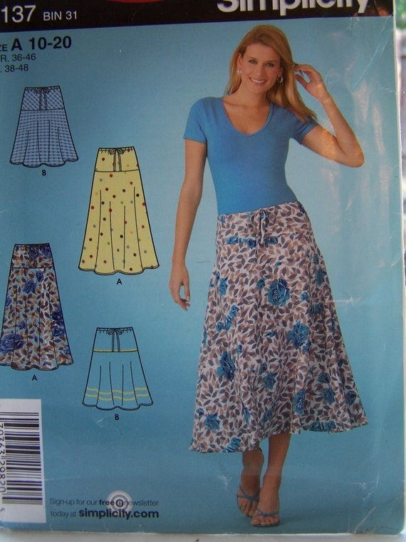 SALE Simplicity 4137 Easy Sewing Pattern, Misses' Flared Skirt, Pull On Skirt,