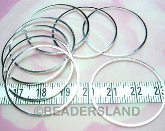 C114SP / 24 Pc / Dia. 32 mm - Silver Plated Square Profile Closed Rings Findings