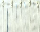 Zipper SALE: Wholesale Twenty-five 16 Inch White Zippers YKK Color 501