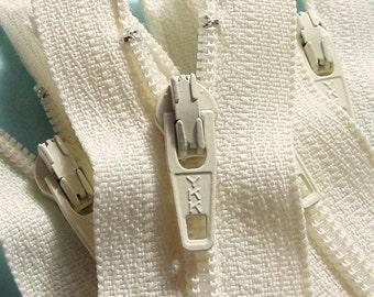 YKK Zippers Wholesale Twenty-five Vanilla 5 Inch Closed Bottom Zippers Color 121