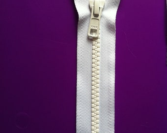 5 Inch YKK Vislon 5mm Molded Plastic Teeth Sports Zippers- (1) Piece- White 501