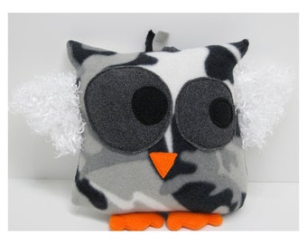 Owl in Black and White Cammo Print