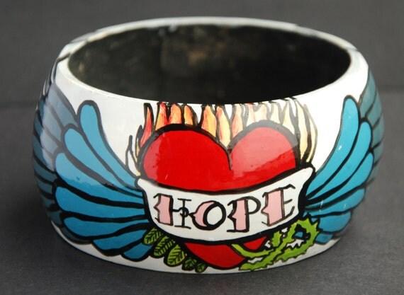 Bangle / Bracelet 'HOPE' tattoo-style