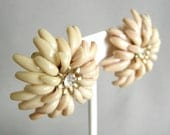 Large vintage tan plastic flower earrings with rhinestone center, clip on