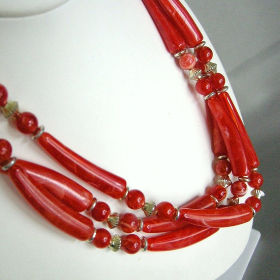 Vintage multi strand necklace with marbled red plastic