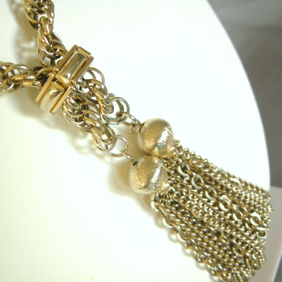 Vintage gold chain lariat necklace with tassels