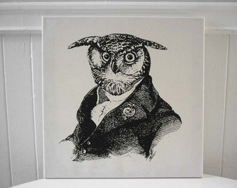 Old Wise Owl silk screened wall hanging 18x18 black