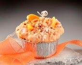 Peach Cobbler Grubby Muffin Candle