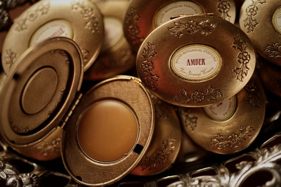 Single Note Solid Perfume™ in mini Victorian compact: Jasmine, Rose, Vetiver - For Strange Women Natural Perfume