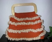 Retro Rusty Ruffled Wood Handle Lined Purse