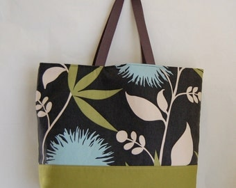 Dahlia Dusk X LARGE Tote Bag