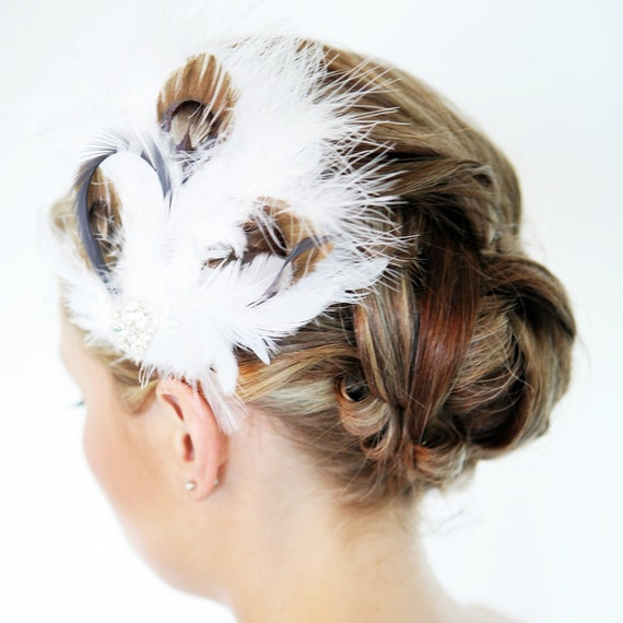 White Fascinator With Brown Peacock Feathers