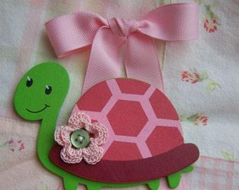 Tiny turtle bowholder
