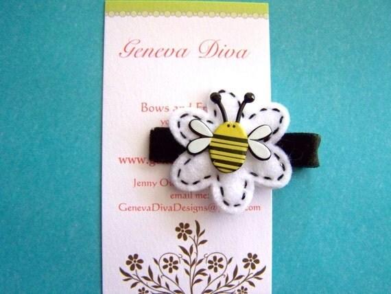 Lazy Little Bumblebee Felt Flower Clip