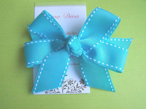 All Stitched Up....Classic Diva Bow in Turquoise