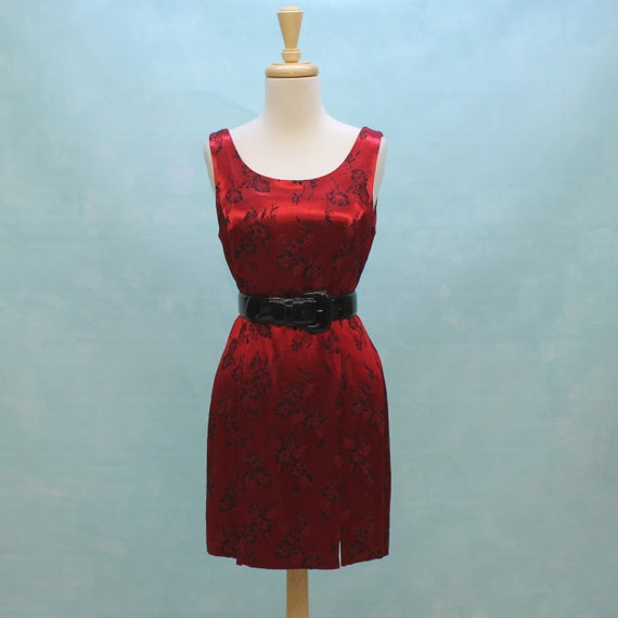 HALF PRICE SALE - 80's/90's Red and Black Satin Brocade Sheath Dress -  XSmall to Small