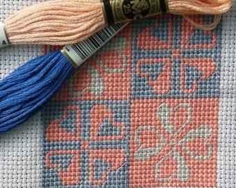 Modular Design 3 - Clover Flowers / Cross Stitch Pattern