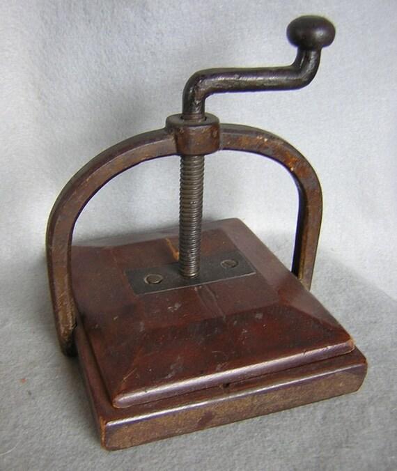 Antique Victorian Flower Press