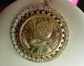 Vintage VN Balboa Gold Coin Necklace Pendant Set In Rhinestones