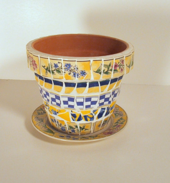 Flower pot with Plate Saucer Mosaic Yellows Blues