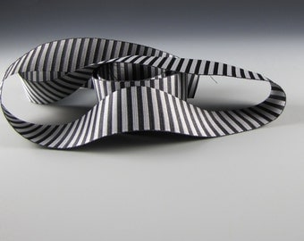 """1 1/4"""" WEDDING Vertical STRIPED RIBBON  Black and Silver"""