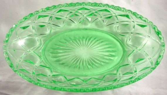 Imperial Glass Green Depression Glass Celery Dish Diamond Pattern