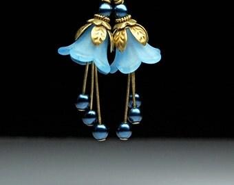 VIntage Style Bead Dangles Blue Lucite Flowers Pair BL152