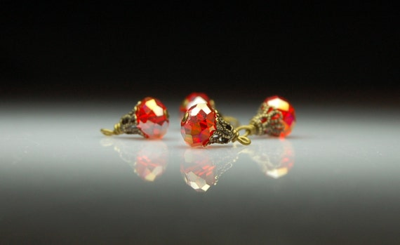 Vintage Style Bead Dangles Red Glass R516