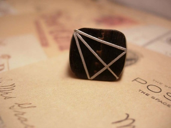 OLD UNUSUAL BOne and sterling Hex Symbol Ring Secret society Wicca
