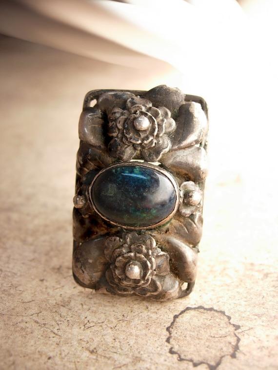 Reserved for deb HUGE sterling Black Moonstone Nouveau ring Mysterious stone center Larvikite  Black Labradorite