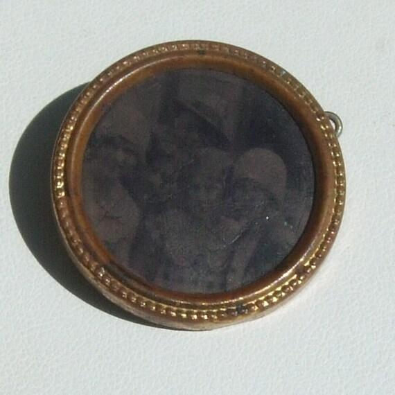 Antique Framed VENACULAR Photo Pin Made in HOLLAND