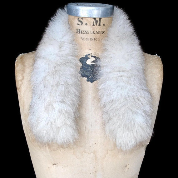 White Fox Fur Collar / genuine fur / scarf / add on