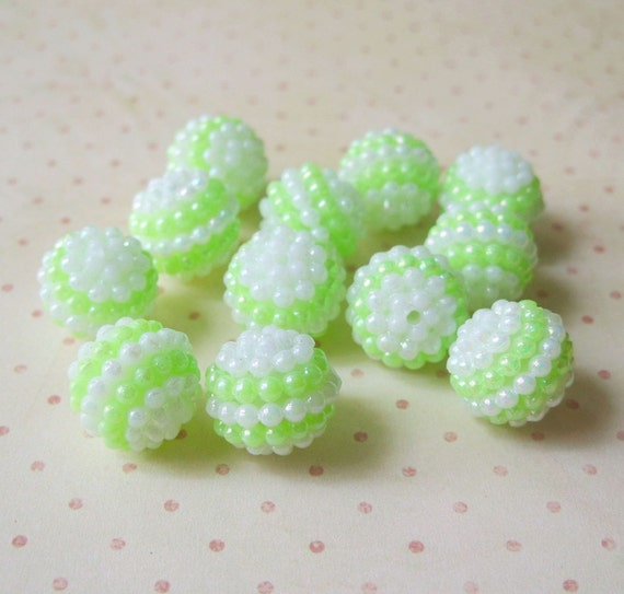 Vintage Irridescent Yellow-Green and White Plastic Berry Beads 24 Pc