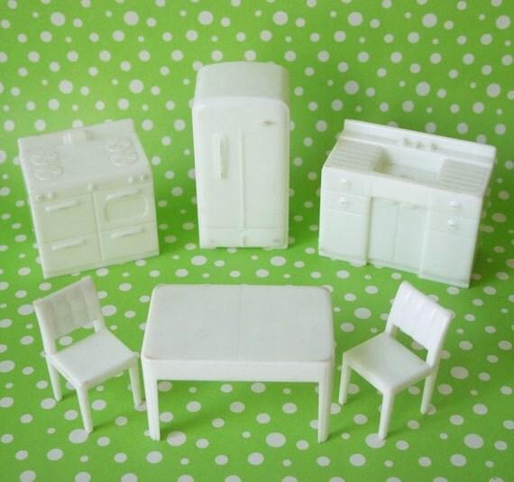 Vintage Marx White Kitchen Dollhouse Furniture