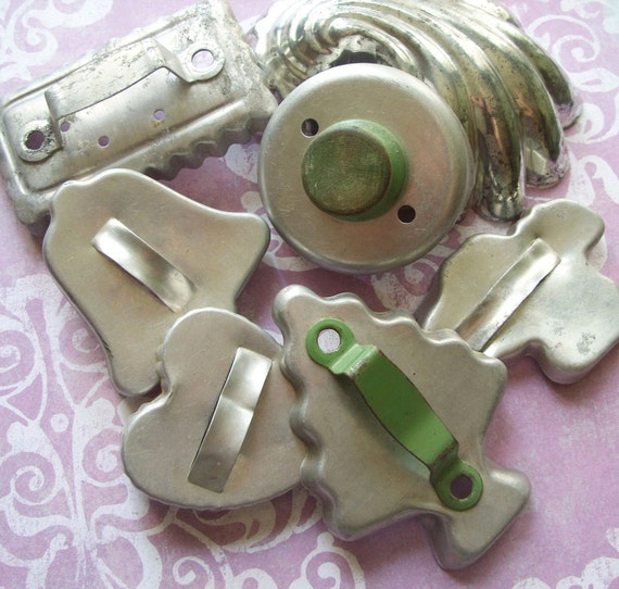 Vintage Aluminum Biscuit Cookie Cutters With Handles Shell