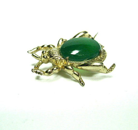 Beetle Pin Brooch Opaque Green Glass Cabachon Fly insect Vintage