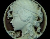 30mm Round Cameo Antique Yellow Face Brown Base Lady Portrait - 4pcs